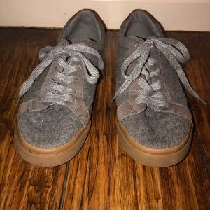 Boys Old Navy Gray Shoes